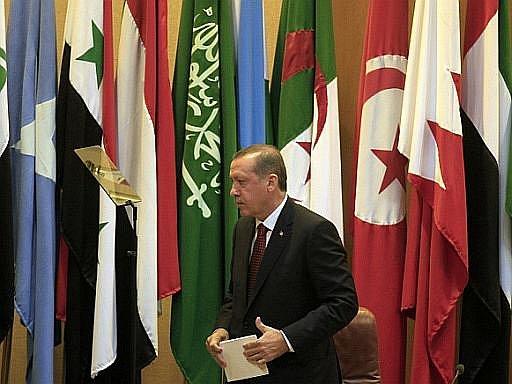 Turecký premiér Erdogan na zasedání ministrů zahraničí členských zemí Ligy arabských států v Káhiře