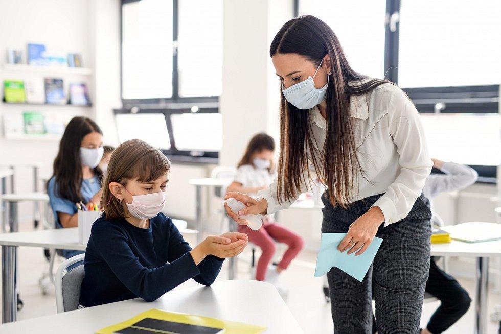 Škola v době koronaviru - Ilustrační foto