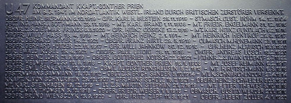 Pamětní deska věnovaná posádce U-47