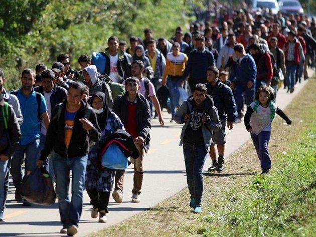 Země Evropské unie mohou uvěznit osoby, které znovu vstoupily na jejich území poté, co byly předtím vyhoštěny. Rozhodl o tom Soudní dvůr EU.