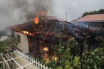 Řecko sužují ničivé požáry.