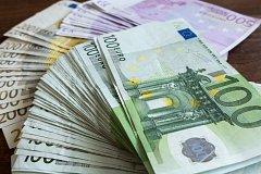 Eurobankovky (ilustrační snímek)