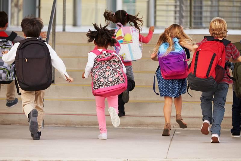 Školáci. Ilustrační snímek
