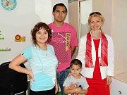 Pár dní před porodem paterčat je třiadvacetiletá Alexandra Kiňová z Milovic v dobré náladě i fyzické kondici.