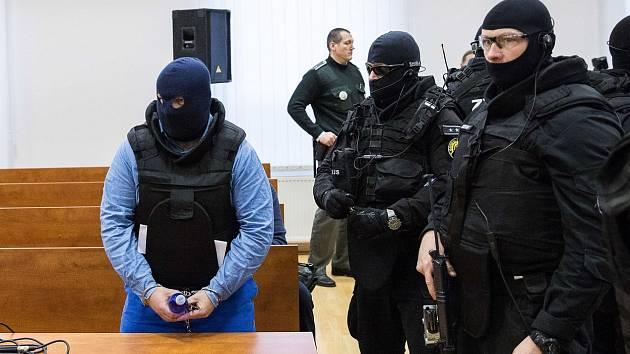Zoltán Andruskó před soudem v Pezinku