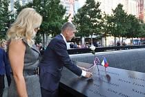 Premiér Andrej Babiš a manželkou Monikou navštívili 27. září 2019 v New Yorku památník teroristických útoků z 11. září 2001 Ground Zero