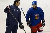 Vladimír Růžička (vlevo) s Tomášem Rolinkem na tréninku české reprezentace.