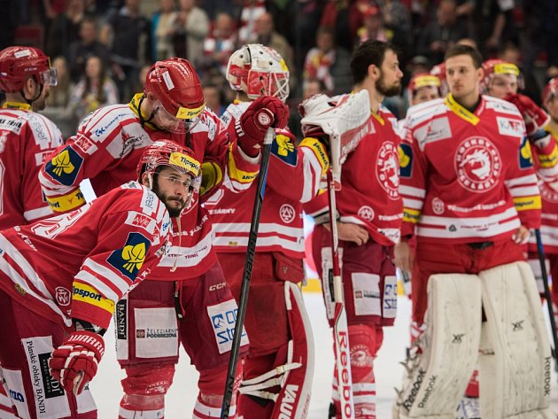 Hokejisté Třince titul nezískali, ve finále prohráli s Litvínovem.
