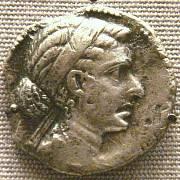 Kleopatřina podobizna na dobové minci