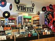 Oddělení vinylových desek v Neoluxoru