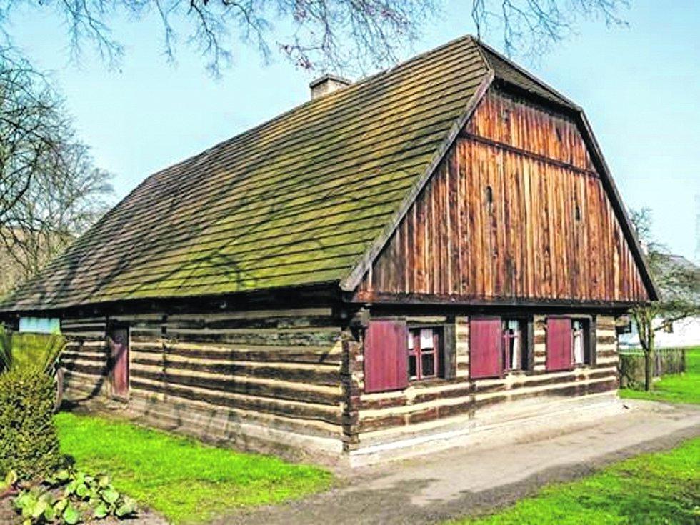 Skanzen lidové architektury v Přerově nad Labem.