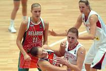 České basketbalsitky sehrály dramatickou semifinálovou bitvu.