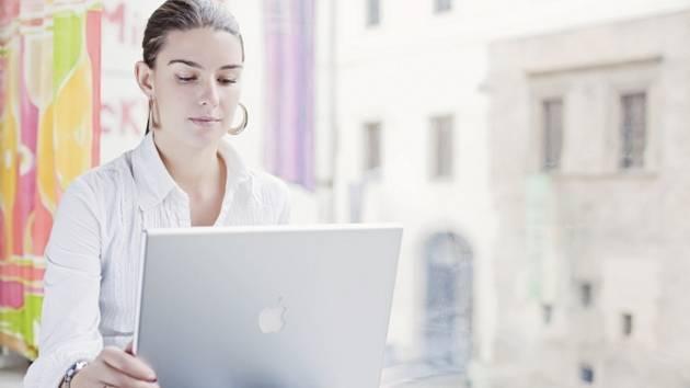 Počítače a internet - ilustrační foto