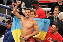 Vladimír Kličko obhájil v New Yorku titul mistra světa.