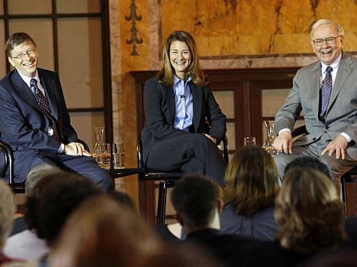 Bill Gates, Melinda French Gatesová a Warren Buffett