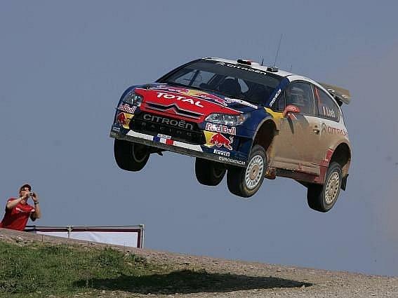 Král turecké i současné rallye Sebastian Loeb.