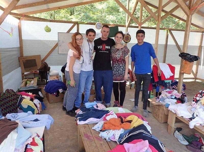 Markéta Všelichová a Miroslav Farkas při humanitární činnosti v Turecku