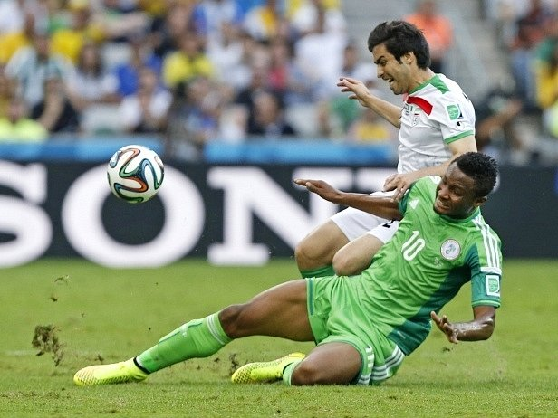 Nigérie - Írán: John Obi Mikel v akci