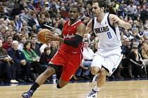 Basketbalista Chris Paul může basketbalistům Los Angeles Clippers chybět až šest týdnů.