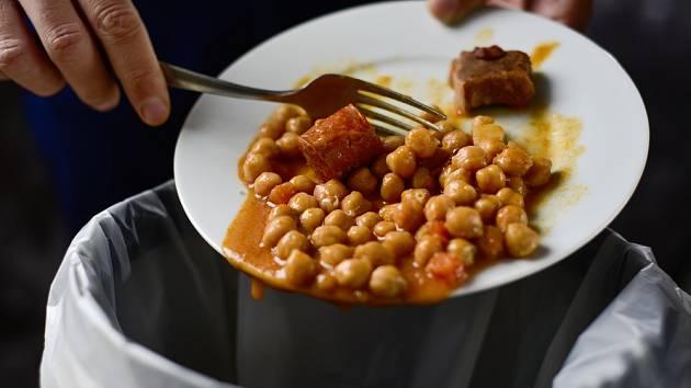 Plýtvání jídlem - Ilustrační foto