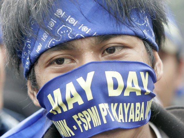 Protesty na 1. máje v Jakartě.