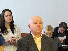 Osm a půl roku dostal polský řidič Slawomir Wojciech Sondaj u Okresního soudu v Novém Jičíně za to, že zapříčinil srážku jeho kamionu s pendolinem na železničním přejezdu ve Studénce