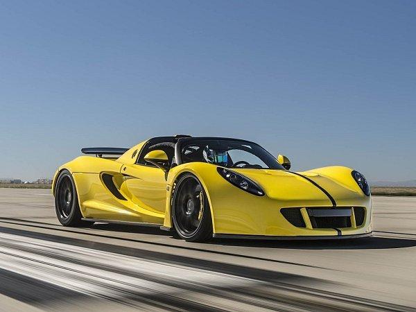 Hennessey Venom GT Spyder.