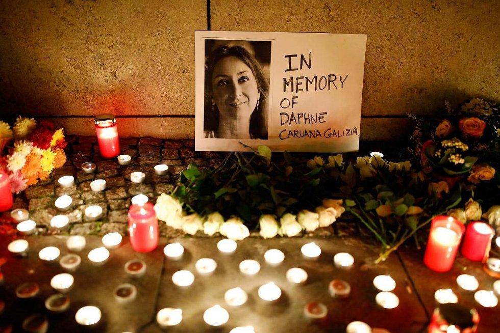 Maltská novinářka Daphne Caruana Galiziová podlehla 16. října 2016 atentátu.