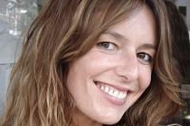 Britská autorka bestsellerů pro ženy, Alexandra Potter, je v Praze.