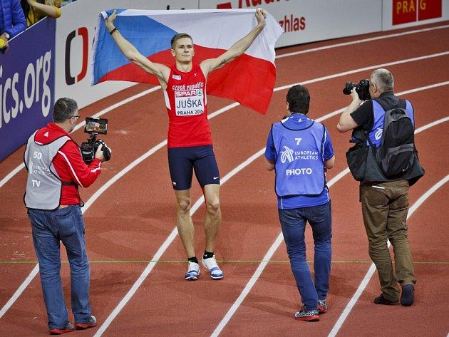 Senzace. Dálkař Radek Juška získal na halovém mistrovství Evropy v Praze stříbro.