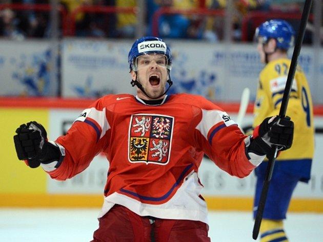 Milan Michálek se raduje z gólu proti švédsku na mistrovství světa.