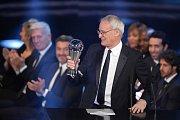 Nejlepším trenérem roku se stal Claudio Ranieri, který senzačně dovedl Leicester City k titulu v Premier League.