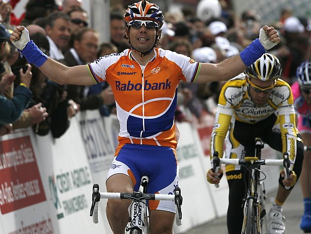 František Raboň byl v cíli druhý za Oscarem Freirem ze Španělska ve 2. etapě Kolem Romandie.
