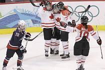 Kanadské hokejistky se staly olympijskými vítězkami.