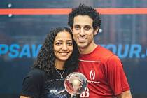 Šampioni. Raneem El Welilyová a Tarek Momen.