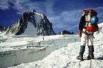 Nejvyšší vrchol Evropy Mont Blanc není jen horolezecká Mekka, ale také místo ukrývající nebývalé poklady. Ilustrační foto.