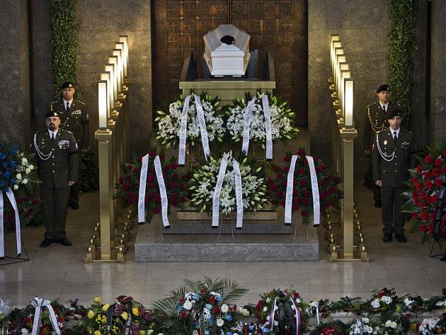 """Pohřeb českého vojáka Jiřího """"Regi"""" Schamse, který byl zraněn v roce 2008 při vojenské misi v Afghánistánu a nedávno zemřel po těžké nemoci."""