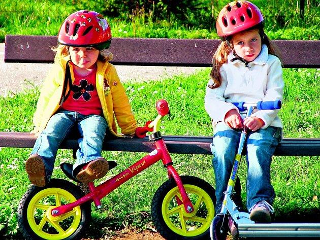 Chcete vědět, jak je na tom v rámci sourozeneckých konstelací vaše dítě? Stačí znát několik jednoduchých pravidel.