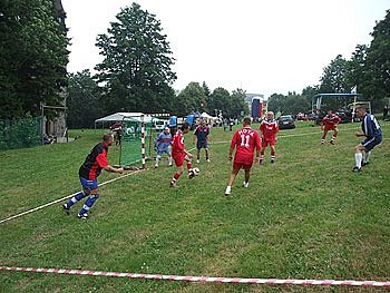 Zieleniec: fotbal do kopce