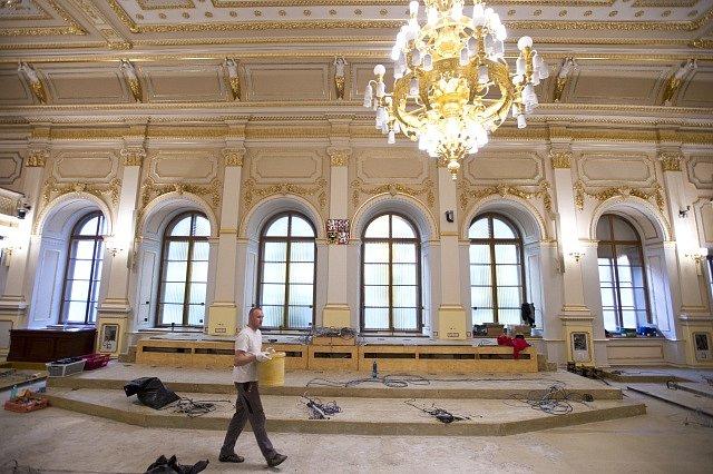 Sněmovní jednací sál, rekonstrukce