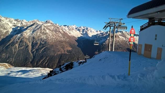 Sjezdovka v Alpách. Ilustrační snímek