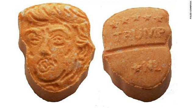 Zabavené tablety extáze sportrétem Donala Trumpa