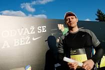 Skikrosař Tomáš Kraus se zúčastnil štafetového běžeckého závodu Nike Team Run FTVS.