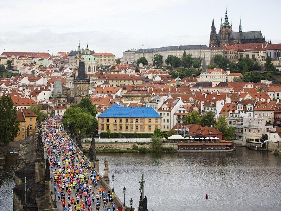 Pražský maraton: Karlův most