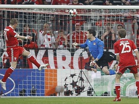 Střelecký pokus Němce Schweinsteigera.