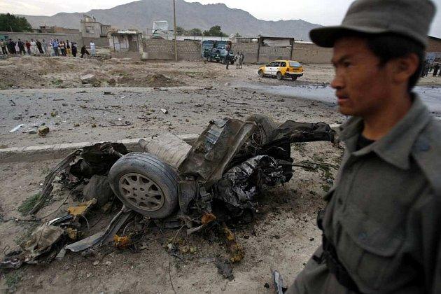 Afghánští povstalci naplňují své hrozby, počet sebevražedných útoků stoupá (ilustrační snímek z Kábulu z počátku května). Podle amerických zpravodajců jim pomáhají pákistánské tajné služby.