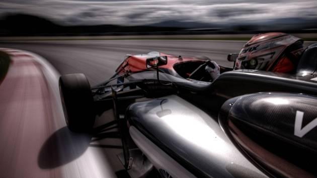 Max Verstappen bude od příští sezony F1 pilotem stáje Toro Rosso.