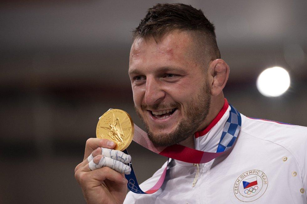 Lukáš Krpálek s medailí - Letní olympijské hry Tokio 2020, 30. července 2021. Judo, nad 100 kg muži, finále