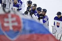Hokejisté Slovenska po závěrečném utkání na MS proti Bělorusku.