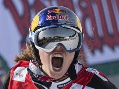 Olympijská vítězka Eva Samková vyhrála závod Světového poháru snowboardcrosařek v německém Feldbergu.